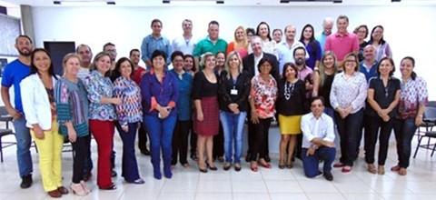 reunio-com-educadores_thumb.jpg
